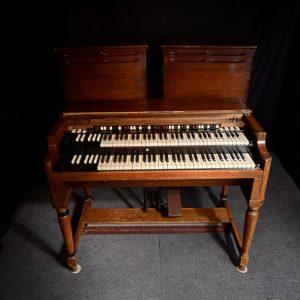 Hammond 1971 B-3 Organ w/ 2 Leslie 122